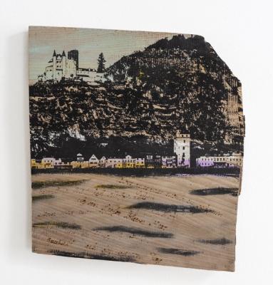 Gouache, Siebdruck, Brandmalerei auf Holz, ca. 35 x 30 cm